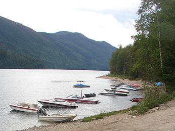 North Barriere Lake Resort has a boat launch, boat docking areas, and a sandy beach.